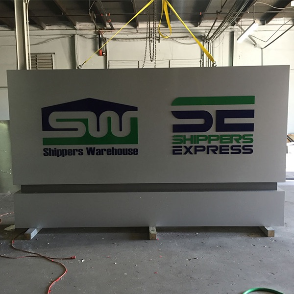 Monument Shippers Express